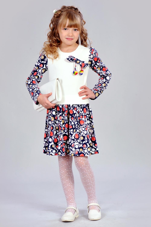 Плаття з помпонами для дівчинки
