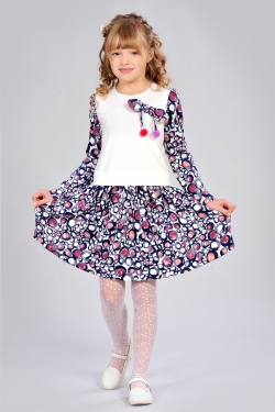 Дитяче плаття з помпонами