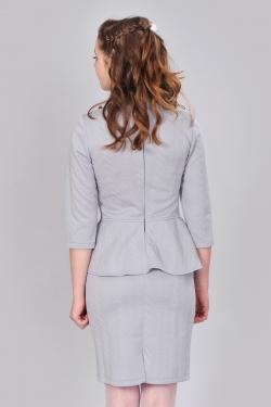 Сіре плаття міні з баскою