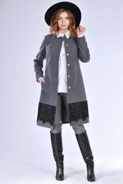 Класичне жіноче пальто