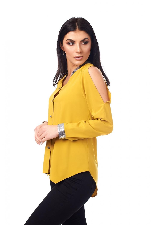 Гірчична блузка з розрізами на рукавах