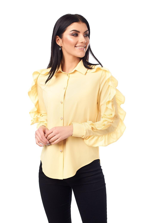 Розкішна жіноча блузка